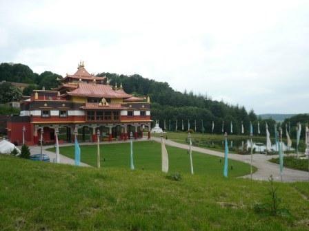 temple_bouddhiste_Lerab_Ling