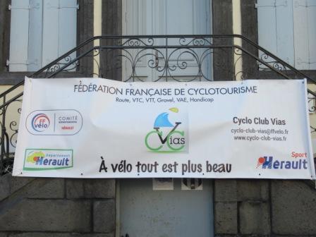 banderole du Cyclo Club Vias